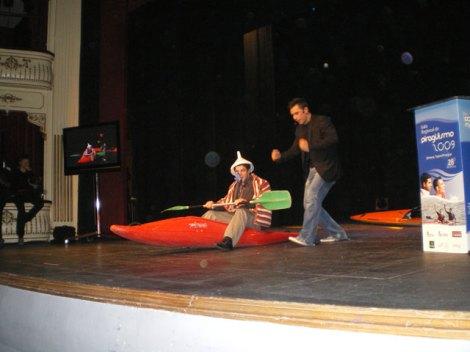 Pablo Andrés, víctima de un gadg de magia