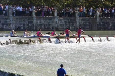 La presa un año más fue el momento más espectacular, foto Piragüismo Aranjuez